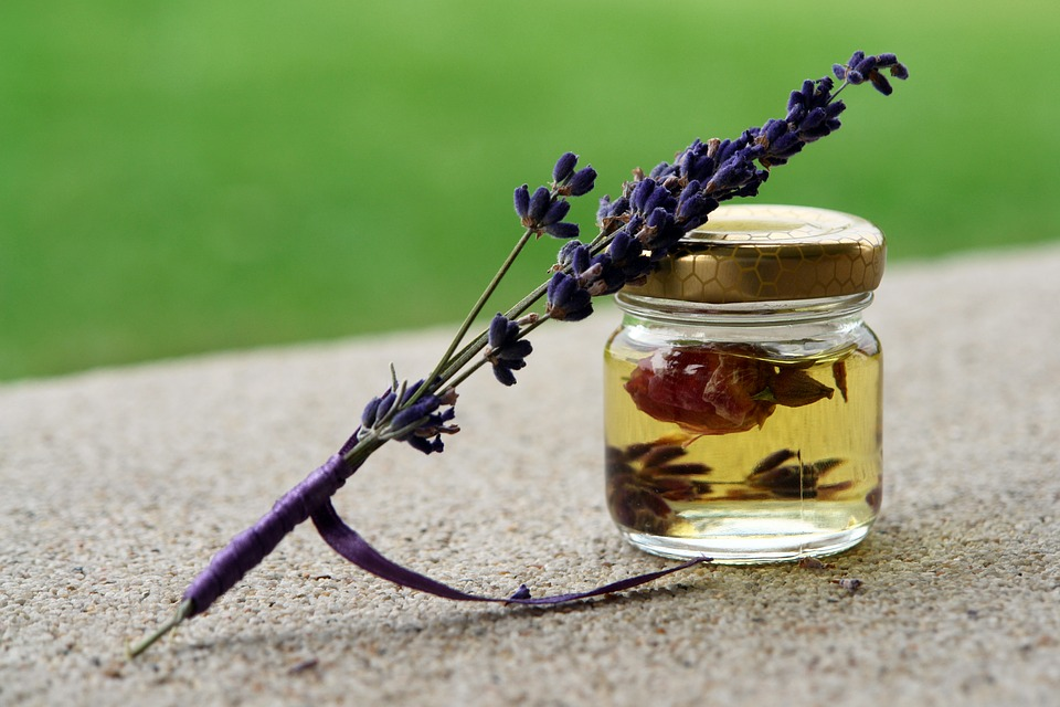 Lavender Essential Oil for pain